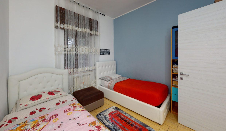 3-LOCALI-SERVIZI-RISTRUTTURATO-Bedroom